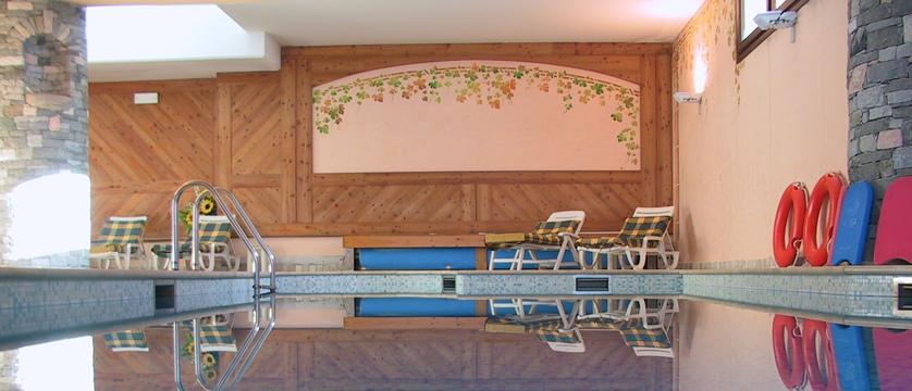 italy_cervinia_hotel_valdotain_indoor_pool.jpg